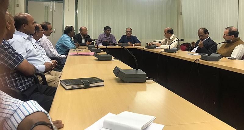 Prof. Ram Ramaswamy with NEHU faculty